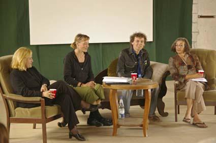 Pressekonferenz, v.links: Annette Handke, Jaana Prüss, Benjamin Foerster-Baldenius, Adrienne Goehler